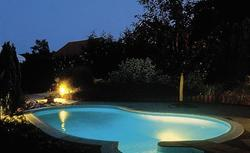 Baseny ogrodowe - od czego zależy cena basenu?