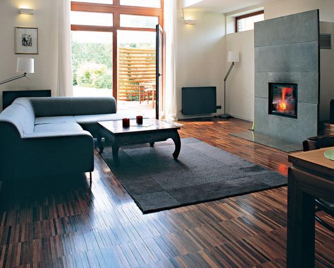 Drewniana podłoga - mozaika przemysłowa