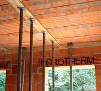 Ceramiczny strop gęstożebrowy