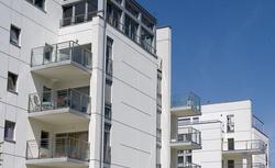 Wymiana okien, zabudowa balkonu, montaż klimatyzatora... Na co w bloku wymagana jest zgoda wspólnoty mieszkaniowej?