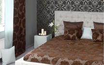 Jak urządzić przytulną sypialnię? TOP 10 najlepszych aranżacji w kolorach gorącej czekolady