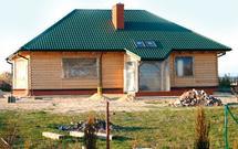 Stan surowy otwarty i zamknięty - jak zabezpieczyć dom przed zimą