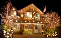 Świąteczne oświetlenie domu. Zobacz, jak to robią Amerykanie - ZDJĘCIA