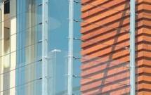 Wykończenie balkonu. Mocowanie balustrady - jak to zrobić?