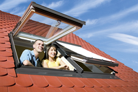 Okna dachowe FPP-V preSelect - przestrzeń na poddaszu bez ograniczeń