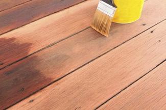 Drewniany taras - olejaowanie